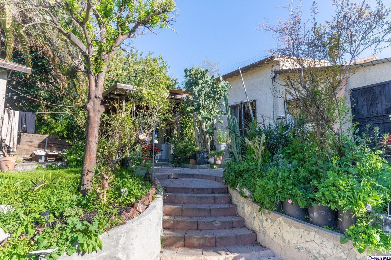 5160 OAKLAND STREET, El Sereno, CA 90032