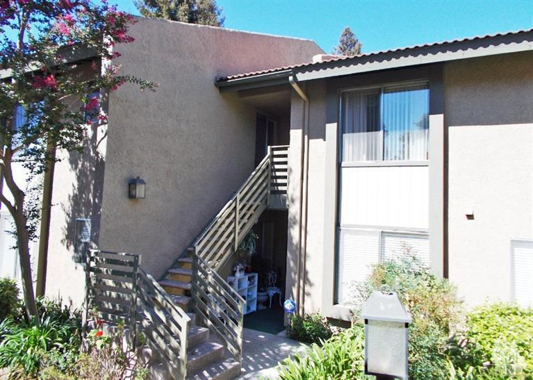 424 ARBOR LANE COURT #205, Thousand Oaks, CA 91360
