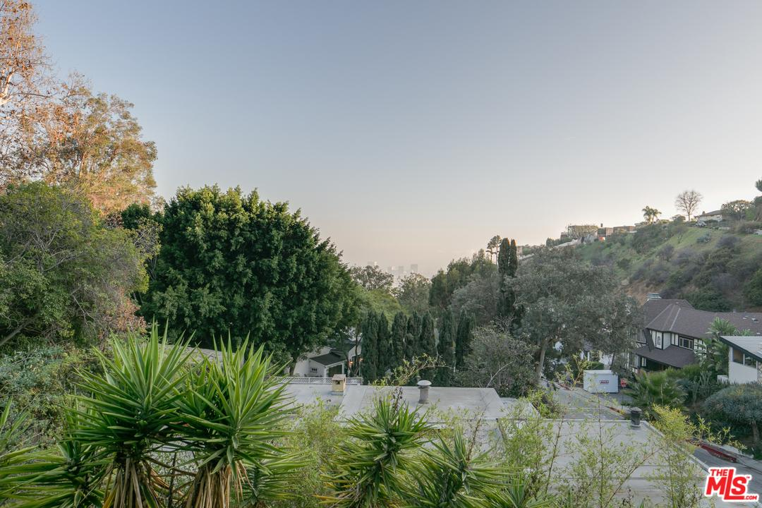 1424 RISING GLEN RD, Los Angeles (City), CA 90069 | JohnHart