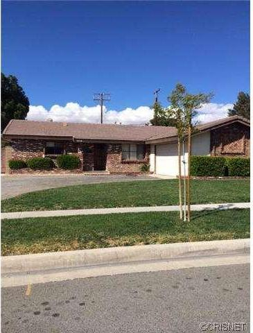 1279 West Norberry Street, Lancaster, CA 93534