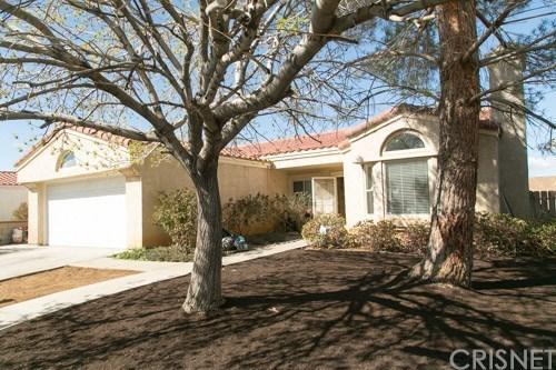 1939 East Avenue R6, Palmdale, CA 93550