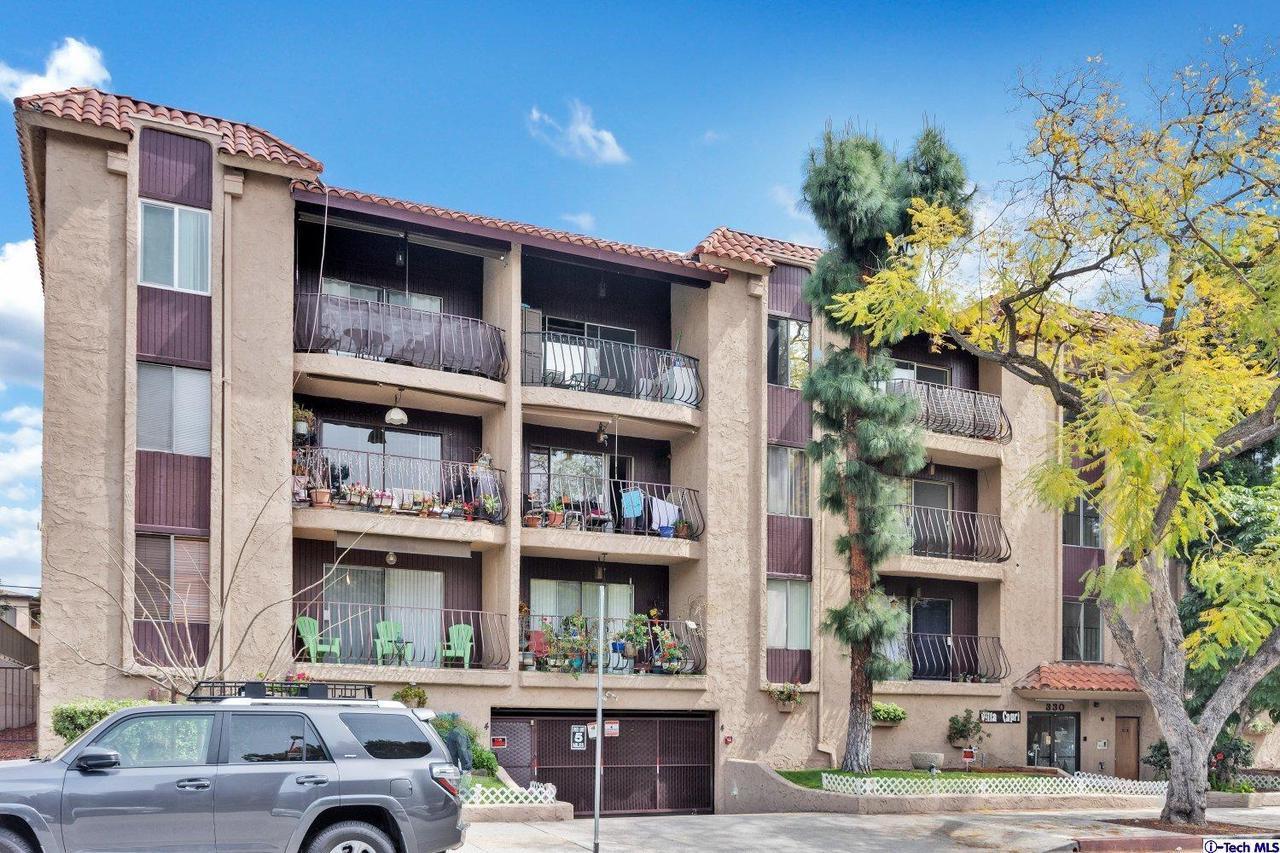 330 NORTH JACKSON STREET #122, Glendale, CA 91206
