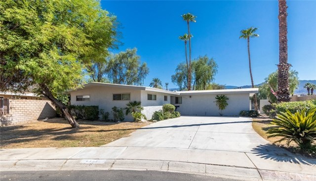 43815 Marigold Drive, Palm Desert, CA 92260