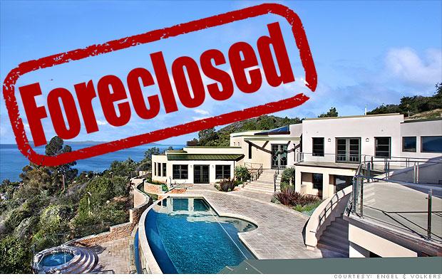 laguna-beach-pool foreclosed