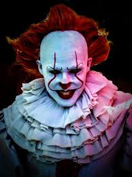 Excellent makeup and costume of Pennywise the clown from Stephen King's IT