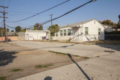121 East Bort Street