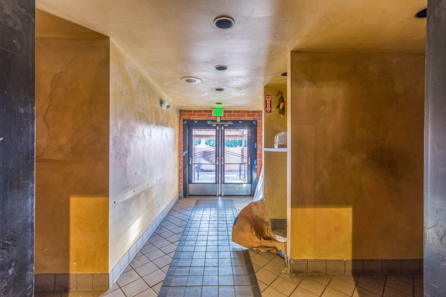 215 North Central Avenue | Large Photo 15