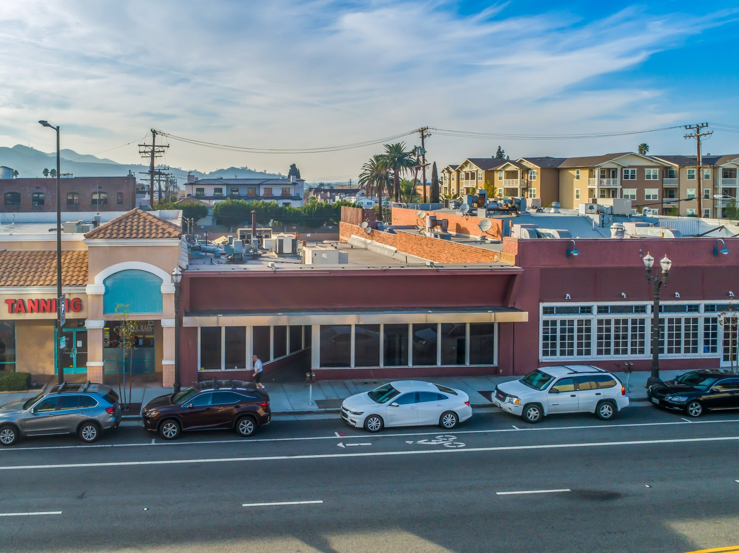 215 North Central Avenue | Large Photo 1