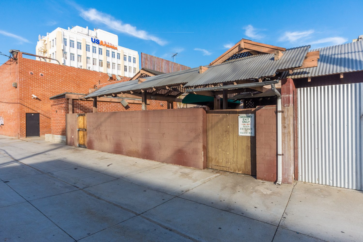 215 North Central Avenue | Large Photo 22