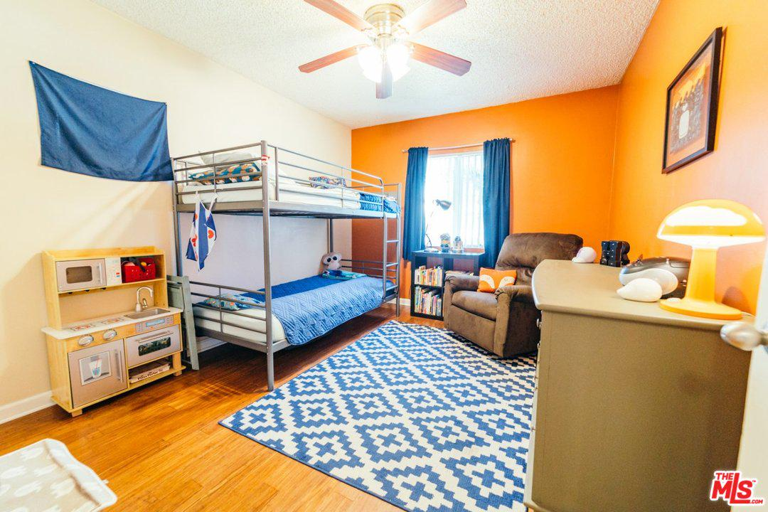 178 W PLYMOUTH ST | Photo 15