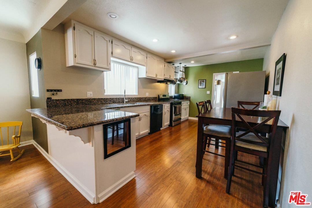 178 W PLYMOUTH ST | Photo 6