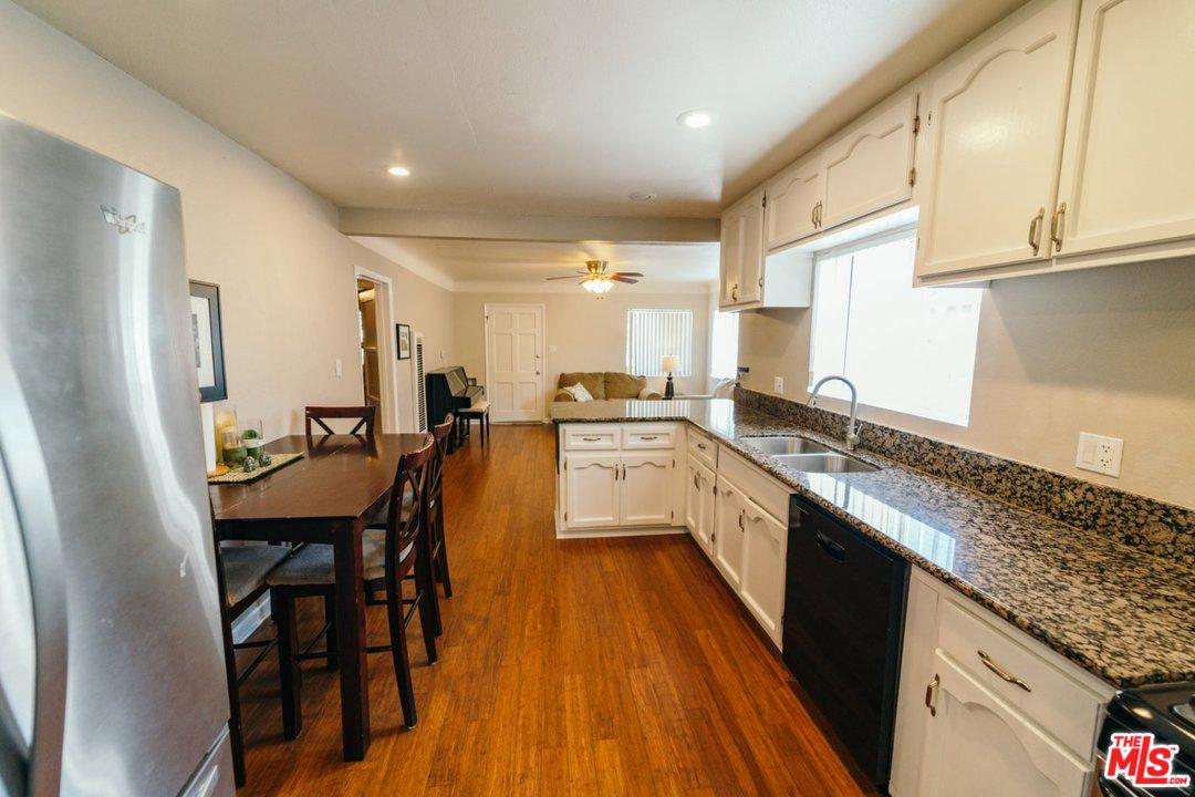 178 W PLYMOUTH ST | Photo 7