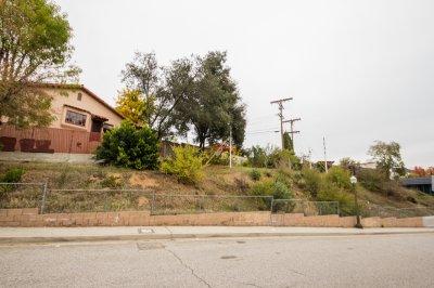 411 La Loma Road