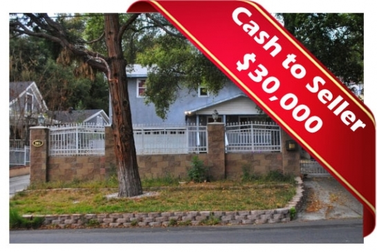 385 E Altadena Dr | Large Photo 1