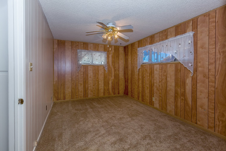 44528 Lostwood Avenue | Large Photo 12