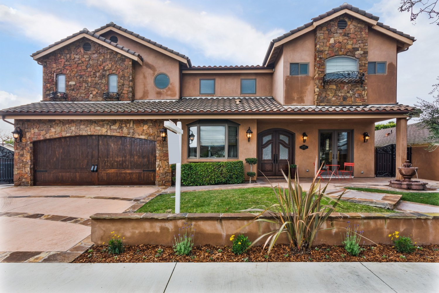 12701 Silver Fox Road | Large Photo 1