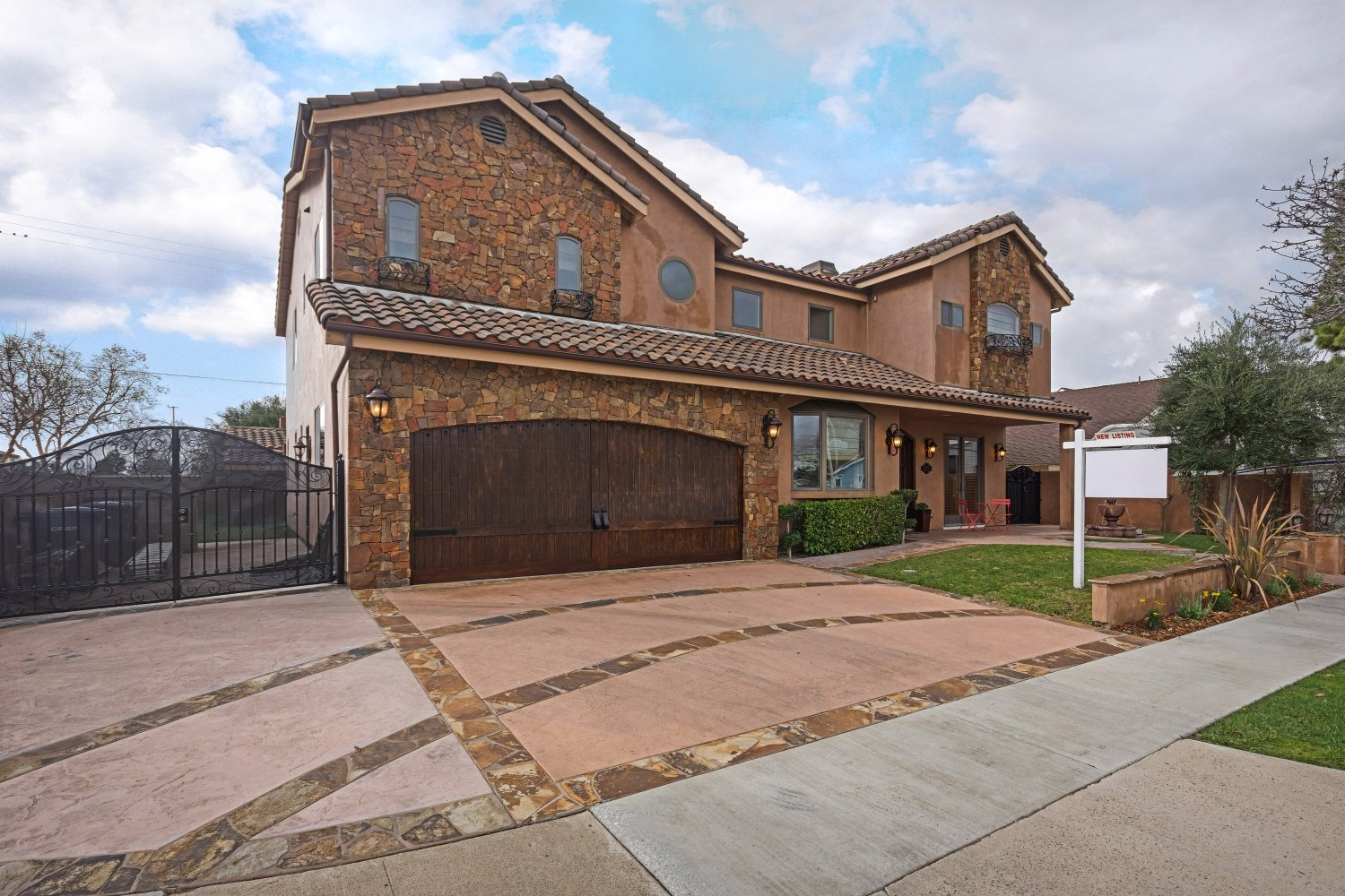 12701 Silver Fox Road | Large Photo 36
