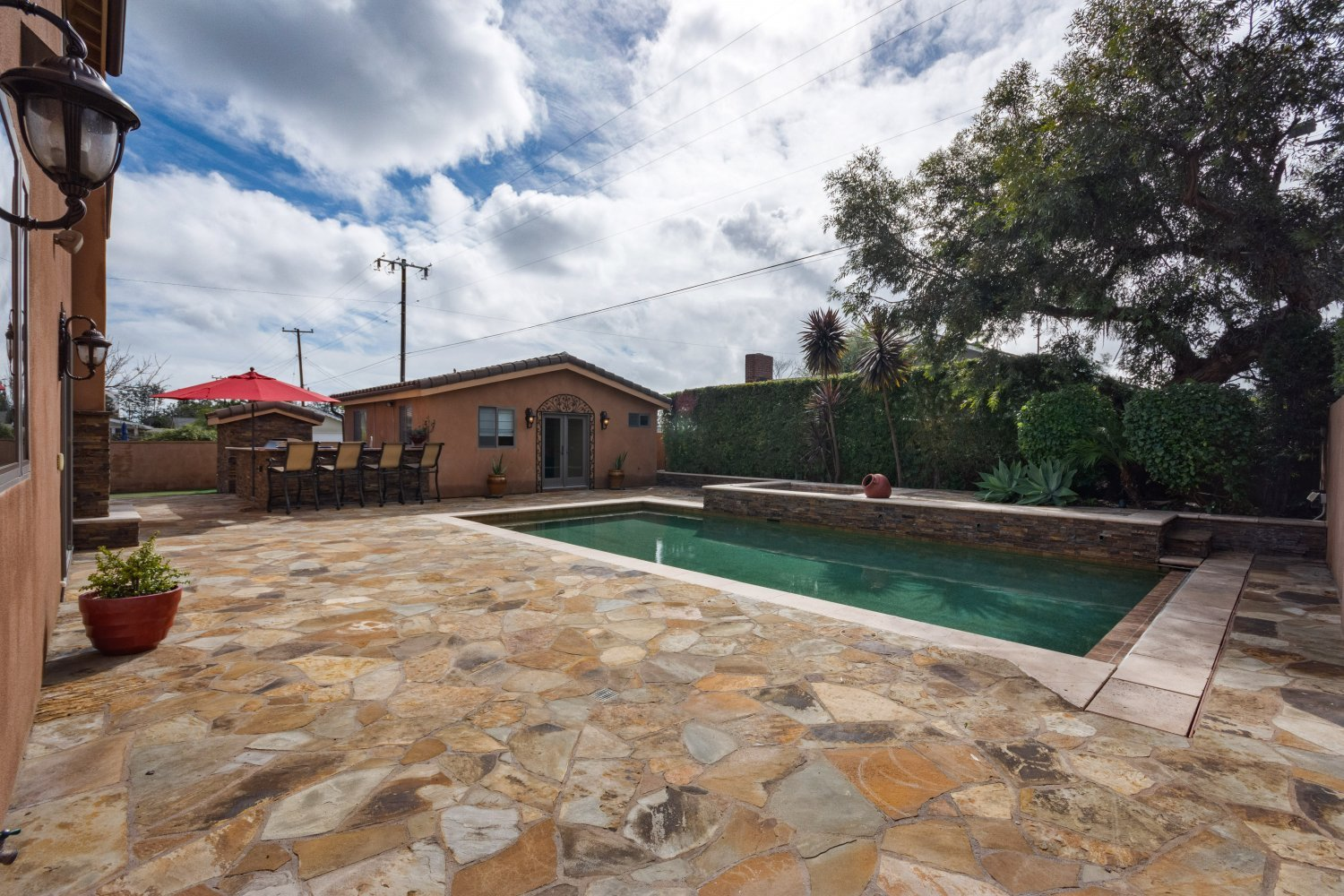 12701 Silver Fox Road | Large Photo 5