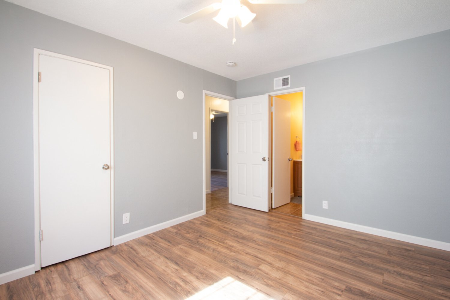 45561 East 6th Street | Large Photo 24