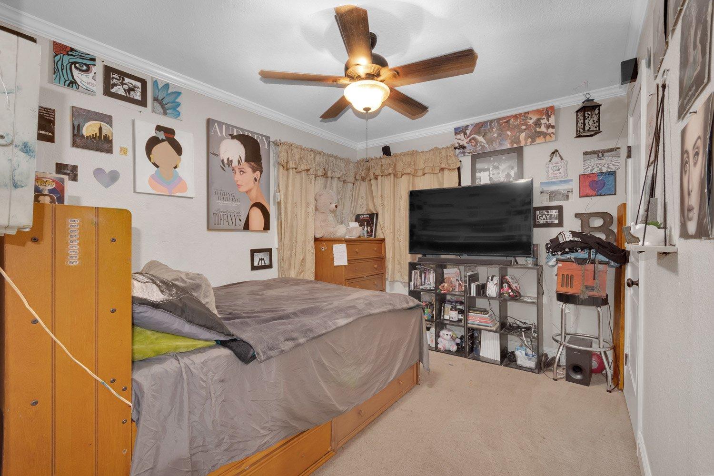 20302 Devlin Avenue | Large Photo 14