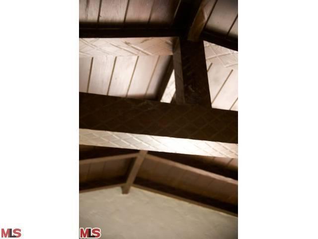 8943 HARGIS ST | Large Photo 24