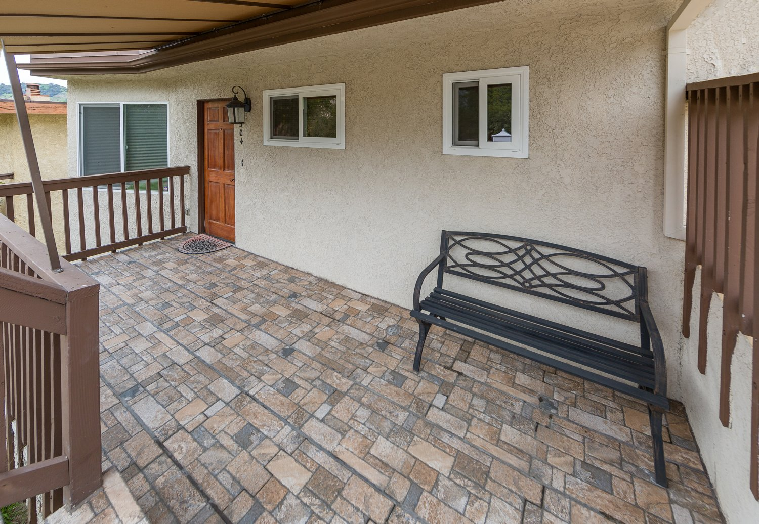 2304 Gardner Place | Large Photo 2