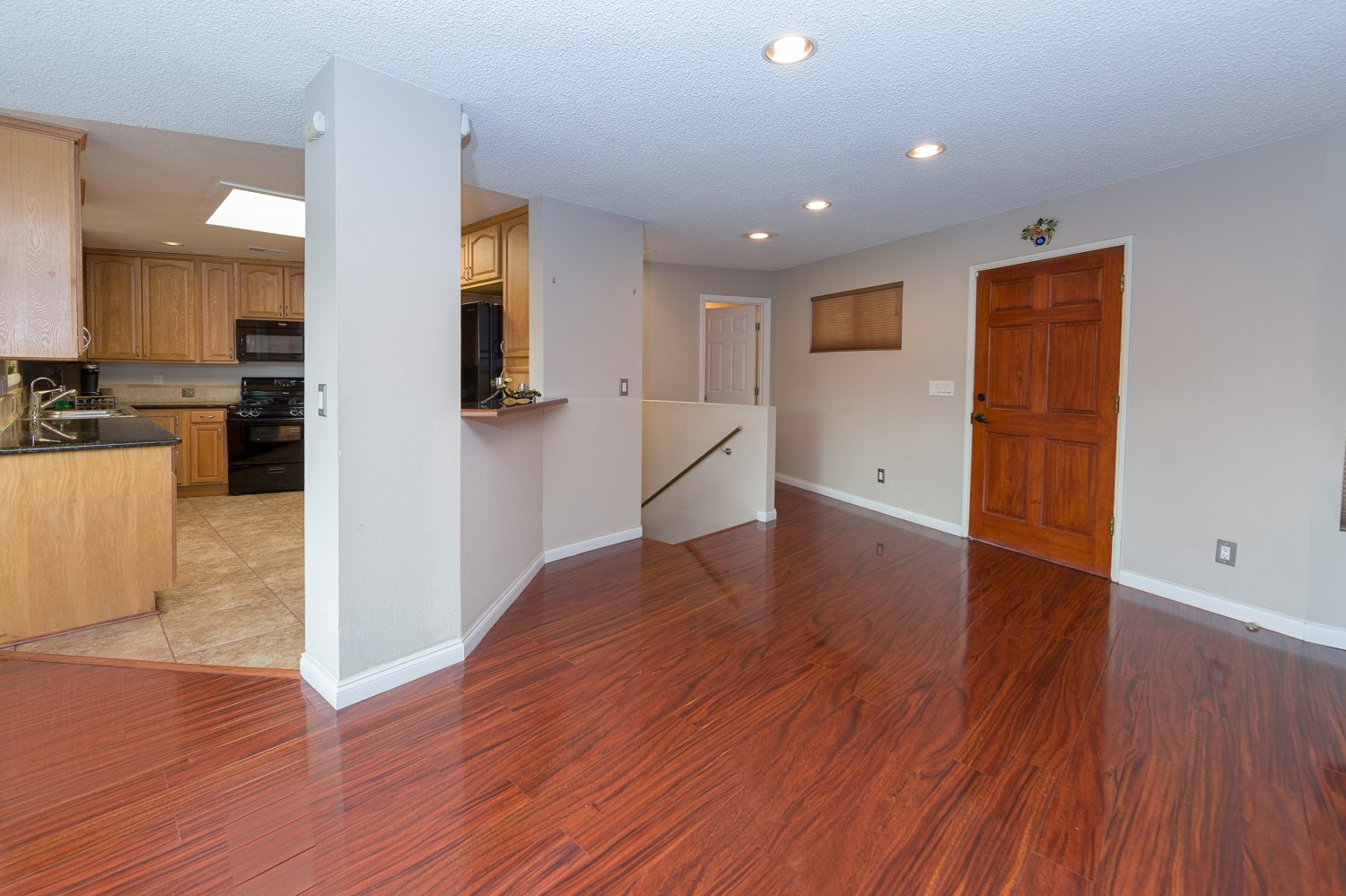 2304 Gardner Place | Large Photo 5