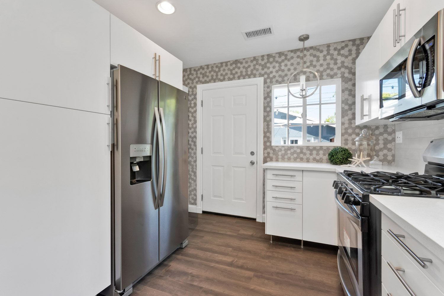 1633 Exposition Blvd | Large Photo 11