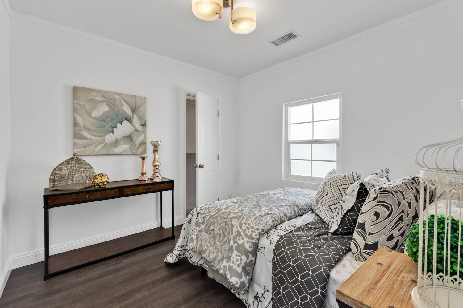 1633 Exposition Blvd | Large Photo 12