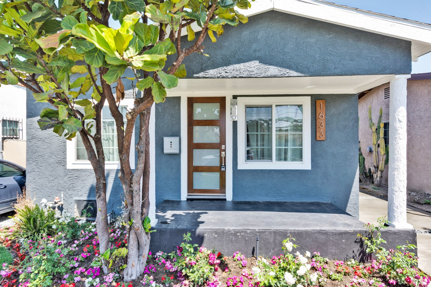 1633 Exposition Blvd | Large Photo 2