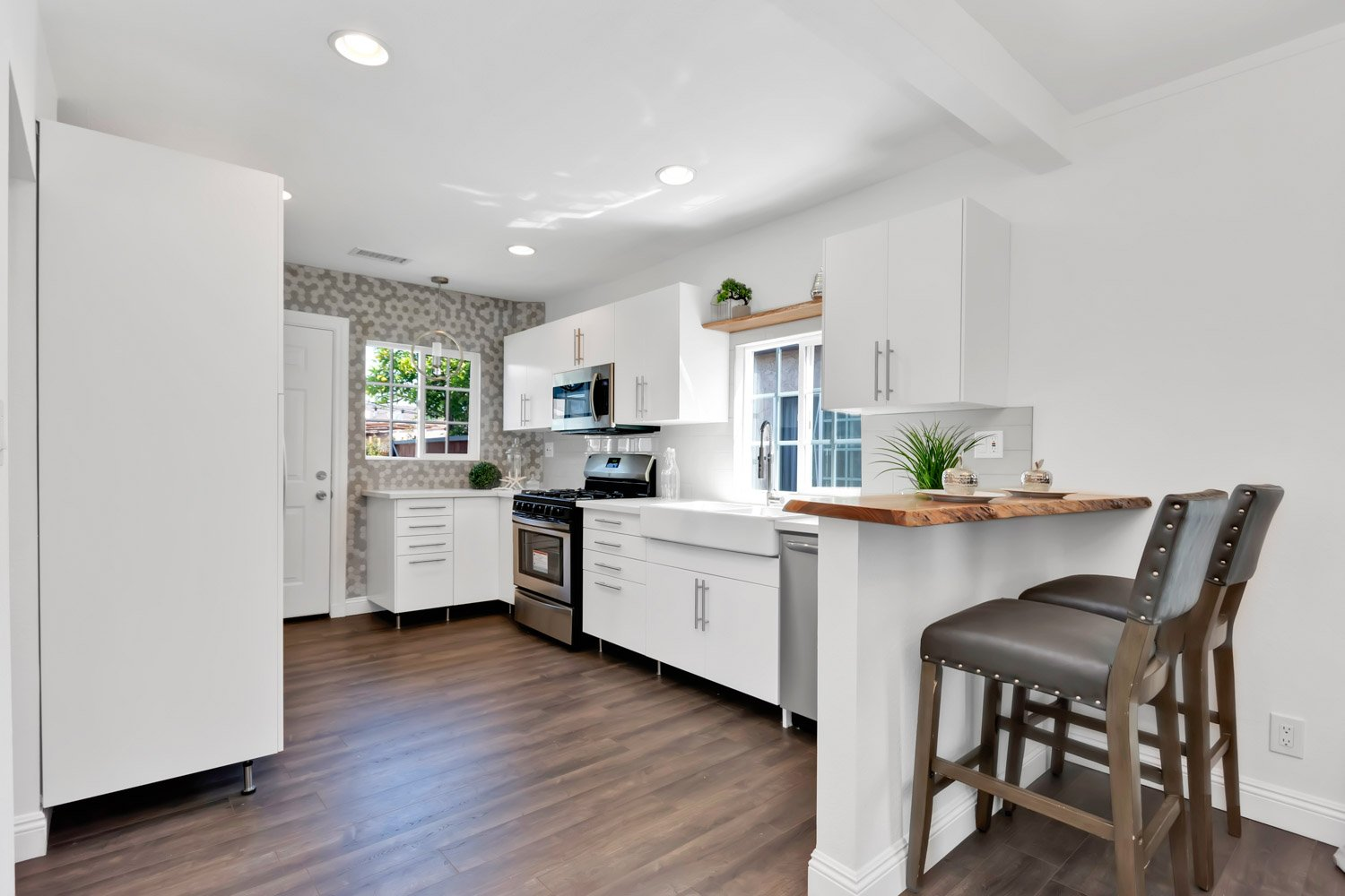 1633 Exposition Blvd | Large Photo 8