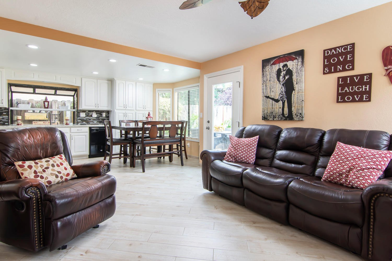 15603 Marina Court | Photo 11