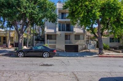 422 Hawthorne Street