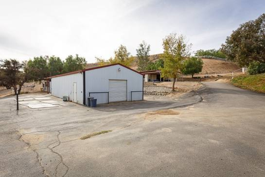 30505 Sloan Canyon Rd | Large Photo 47