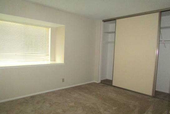 3168 Paxton Ave | Photo 9
