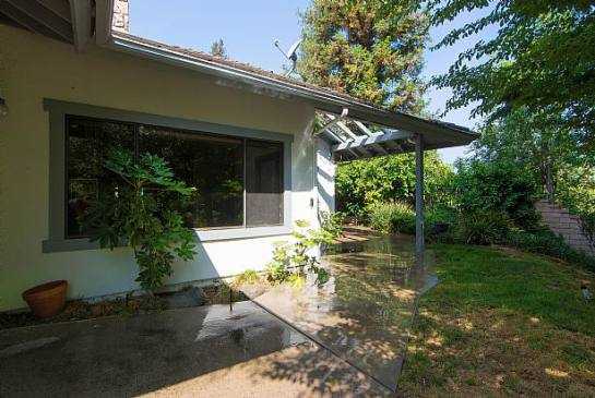 24576 Peachland Ave | Photo 24