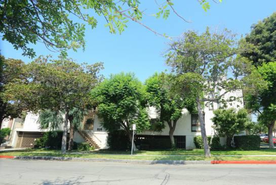 535 E Cedar Ave