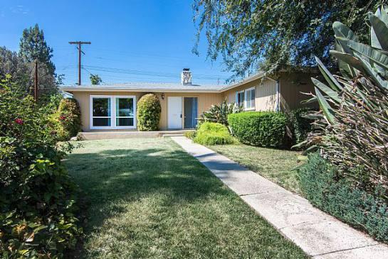 Woodland Hills CA 91303