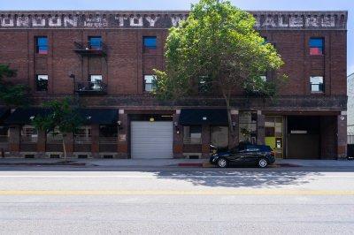 215 S. Santa Fe Ave