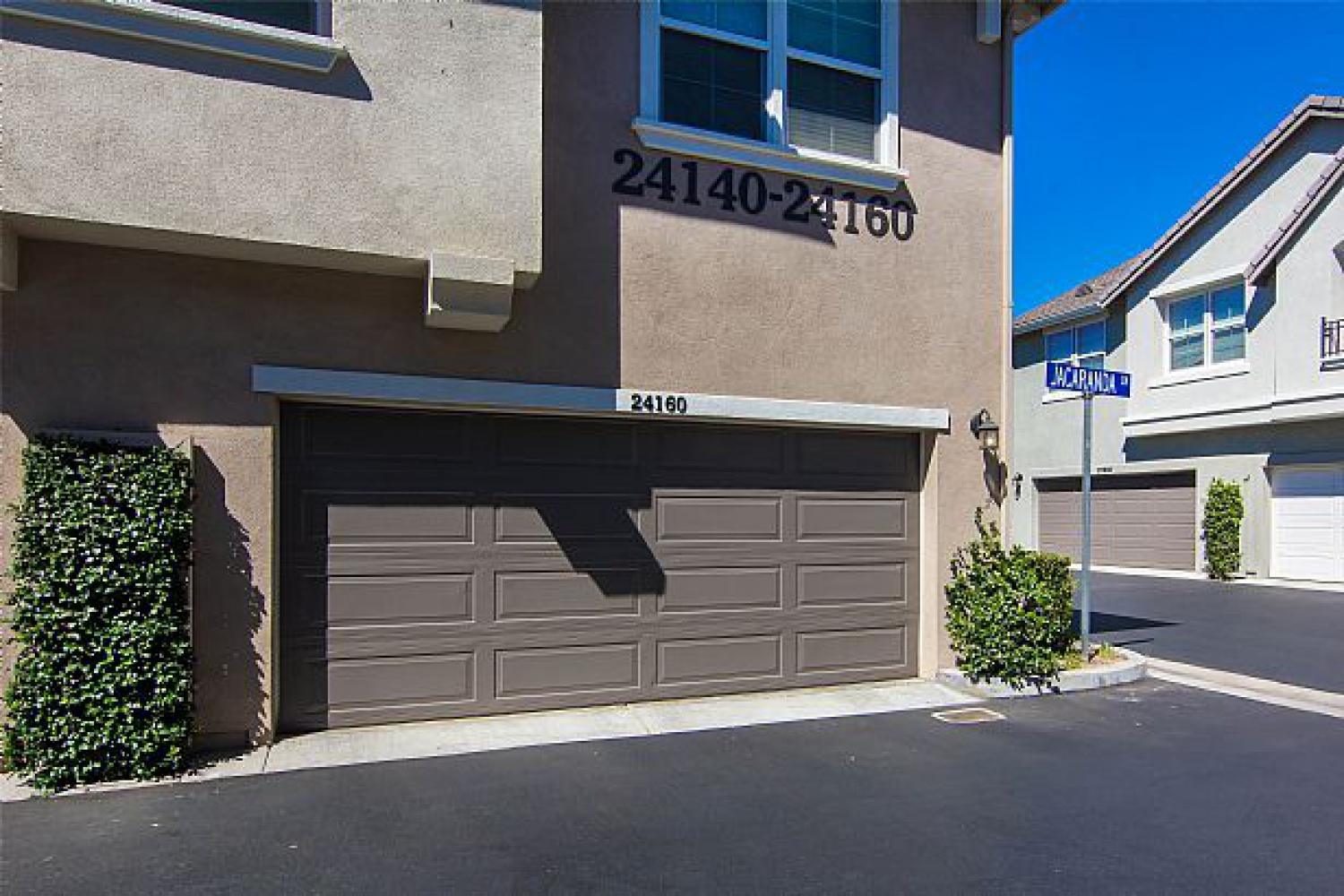 24160 Jacaranda Ln | Photo 2