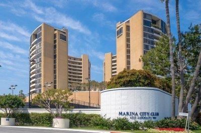 4267 Marina City Dr