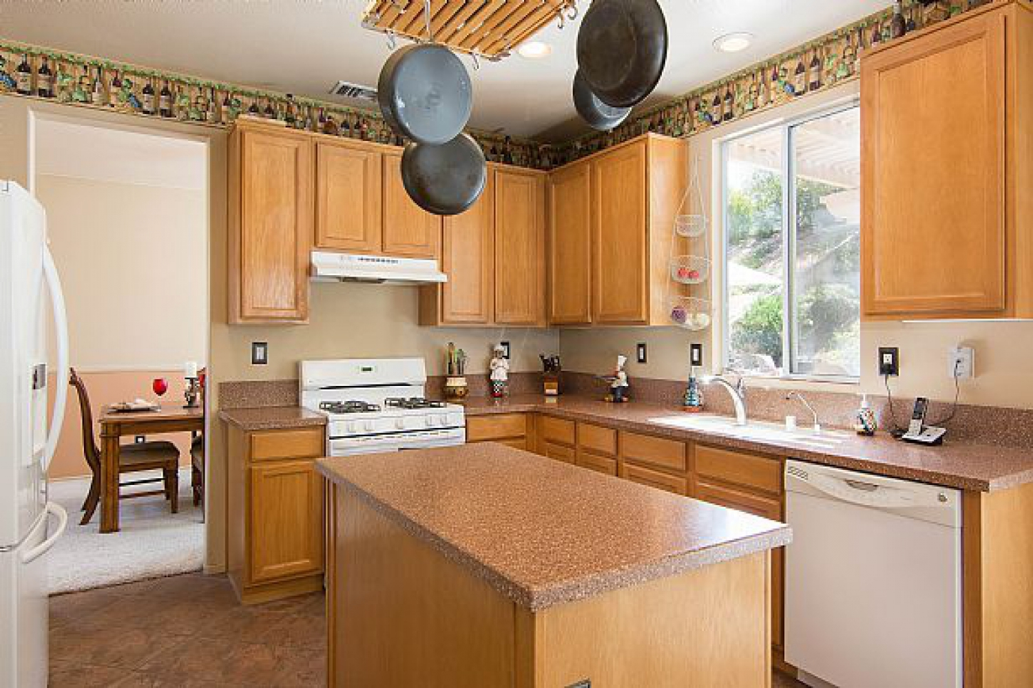22714 Flower Fields Ave. | Photo 12