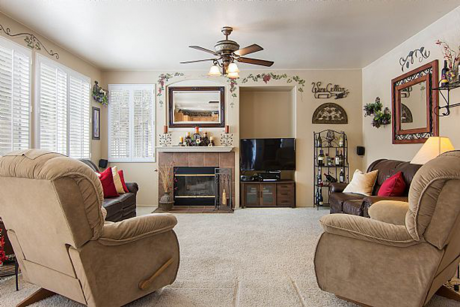 22714 Flower Fields Ave. | Photo 10