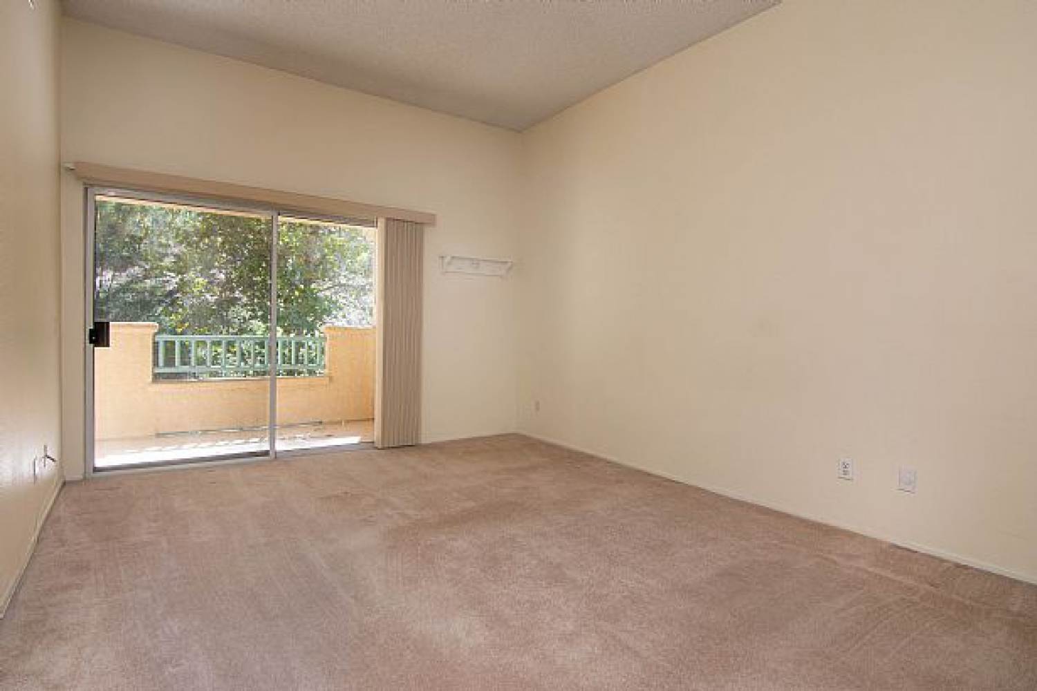 23930 Arroyo Park Dr | Photo 22