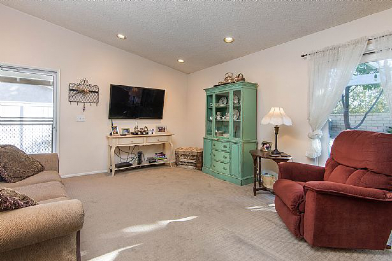 25610 Alicante Dr | Photo 12