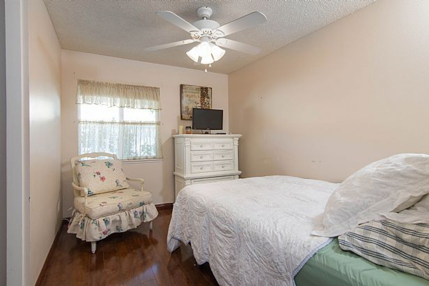 25610 Alicante Dr | Photo 4