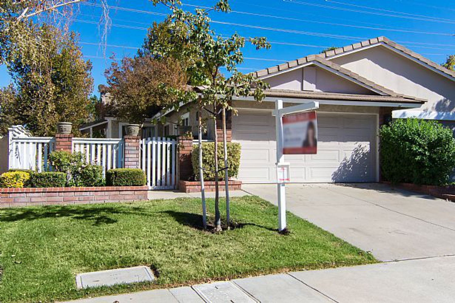 25610 Alicante Dr | Photo 1