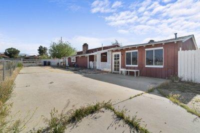 3339 E. Avenue S, Palmdale CA 93550