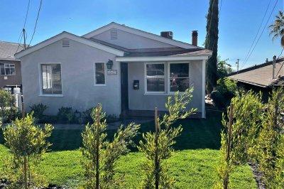 10623 Las Lunitas Ave, Tujunga CA 91402