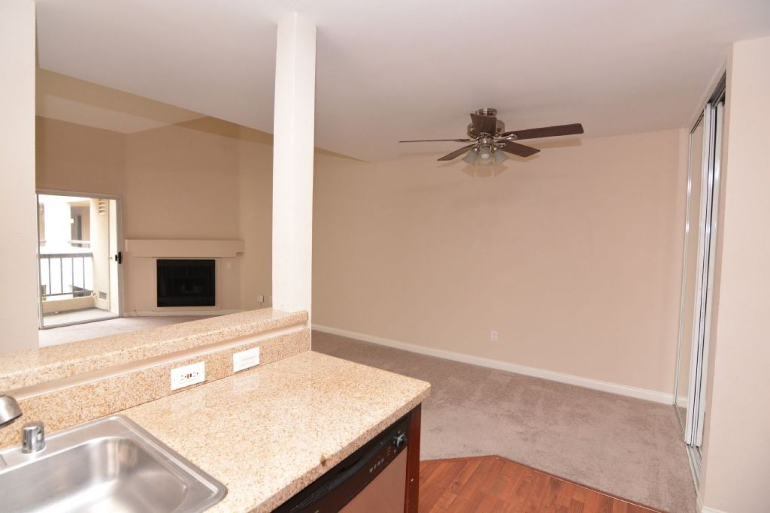 5540 Owensmouth Ave | Photo 9